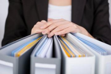 Prazos obrigatórios sobre a guarda de documentos.